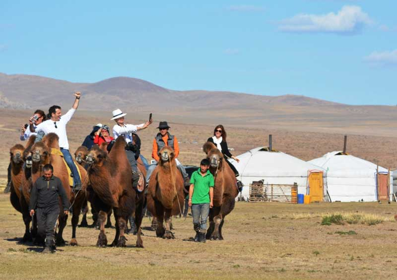 camel riding at Elsen tasarkhai