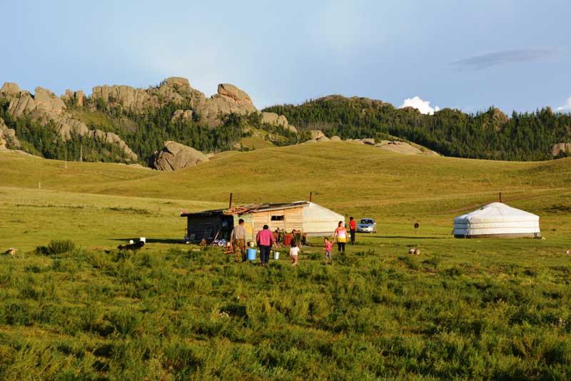 local nomadic family in Terelj